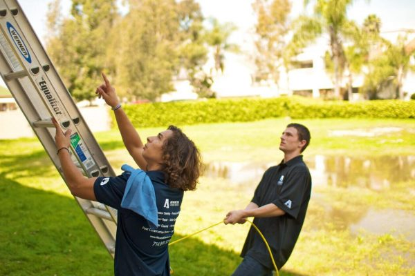 commerical-window-cleaning-orange-county